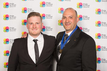 TrainingCompany OfTheYear'sChrisAgius(right)WithTop5ApprenticeRyanFraser